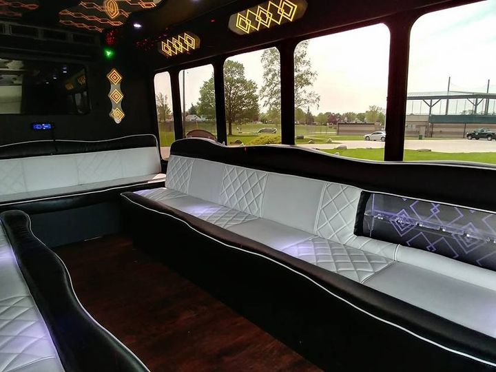 Tmx 21 Pass Interior 51 130780 1568660425 Grand Rapids, MI wedding transportation