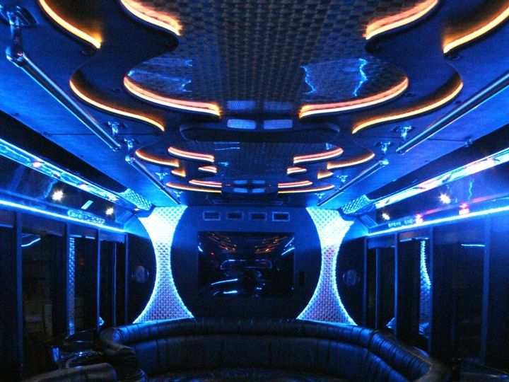Tmx 26 2 Interior 2 1 51 130780 1568660485 Grand Rapids, MI wedding transportation