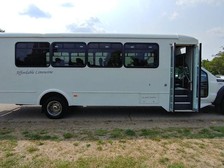 Tmx 29 S Pass Side 51 130780 1568660461 Grand Rapids, MI wedding transportation