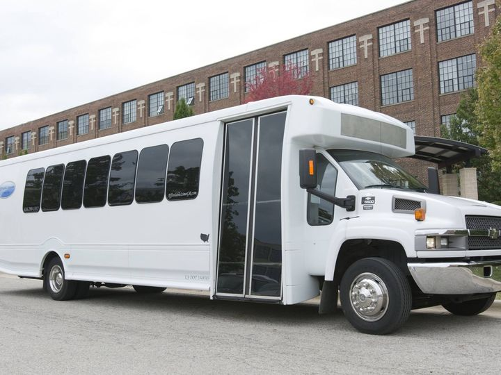Tmx 35 Exterior 51 130780 1568660465 Grand Rapids, MI wedding transportation