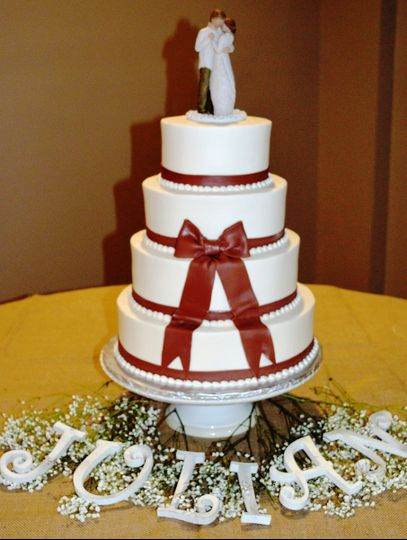 800x800 1421094790583 brown bow wedding cake