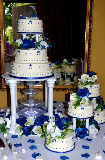 800x800 1421095369948 wedding blue 1