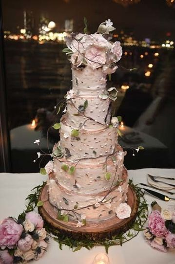 The chart house wedding cake