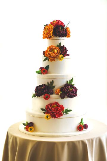 The Garrison wedding cake