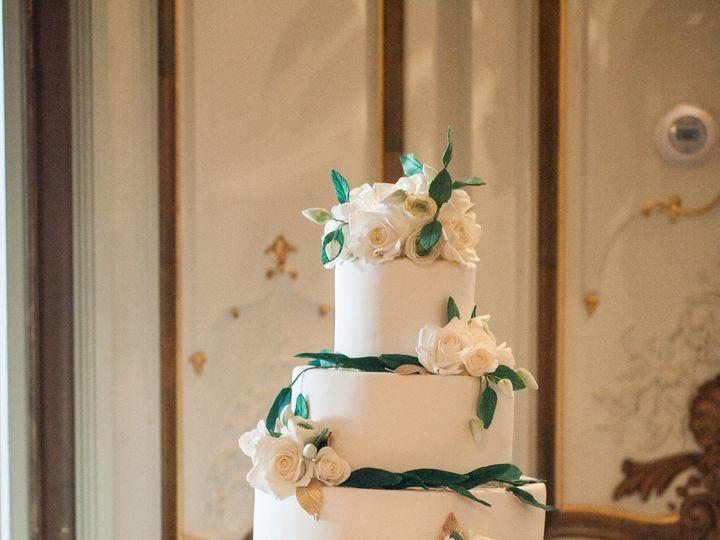 Tmx 1455327040036 Wight151024la0936 Zf 2336 45269 1 001 Dumont, New Jersey wedding cake