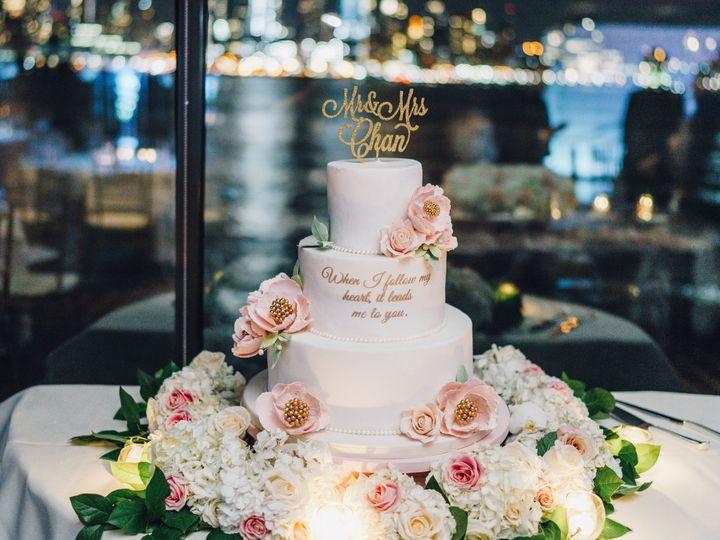 Tmx 1516632647 71467c44d01dc511 1516632642 Dba33d54b7cf99a0 1516632643081 2 20171125 409 Dumont, New Jersey wedding cake