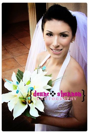 courtesy of Daune Shannon Photography - such a fun bride!
