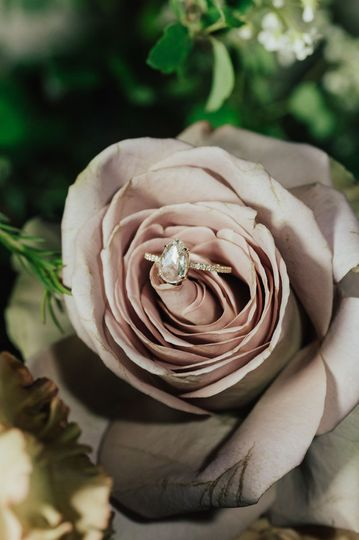 Roses and diamonds, yes please