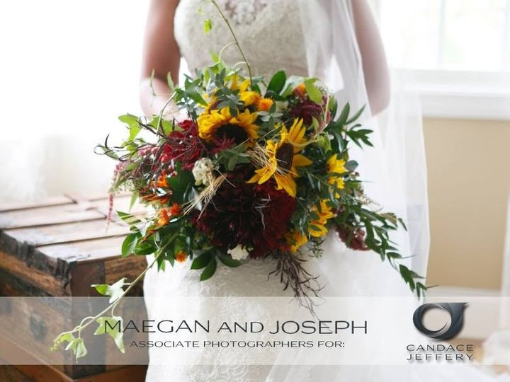 Tmx 1484453418585 145174801313190628692394846761601719119431n Bristol, Connecticut wedding florist