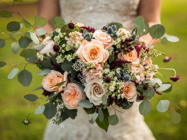 Tmx Alyssarandy 0521 Lowres Web 51 114780 159789863832728 Bristol, Connecticut wedding florist