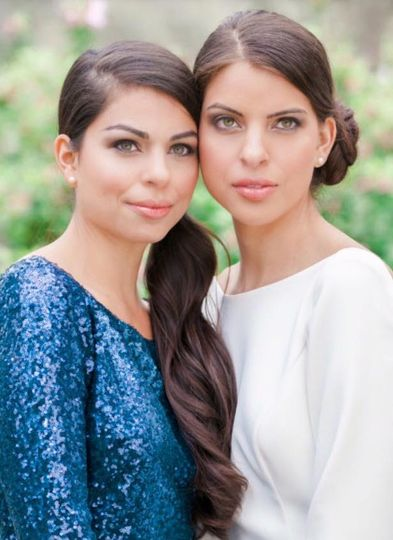 Elegant sisters!
