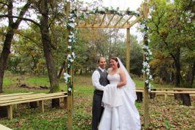 Brambleberry Winery, Weddings & Country Inn