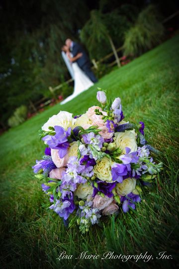 Bouquet - Lisa Marie Photography, Inc.