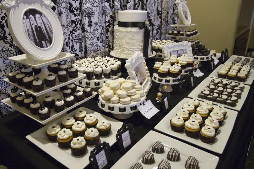 damask dessert table005
