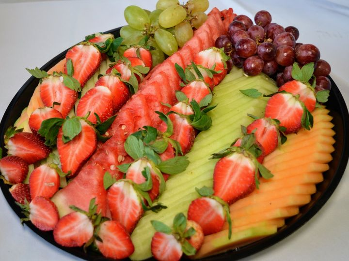 Tmx 1534973389 34c3faf1886a03e1 1534973387 Dd79f99aad131680 1534973386744 1 Fruit Platter Bloomfield, NJ wedding catering