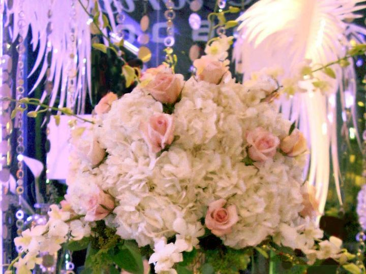 Tmx 1381776398402 Tall Silver Stand Oakdale, New York wedding florist
