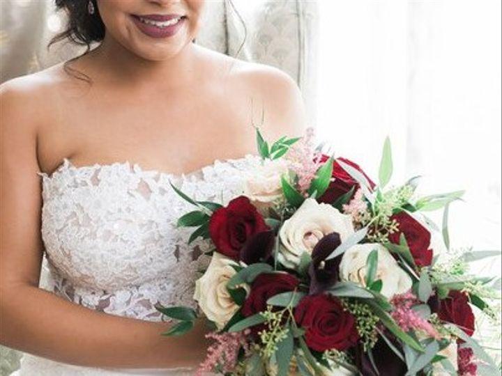 Tmx Burg 51 169880 159740402833678 Oakdale, New York wedding florist