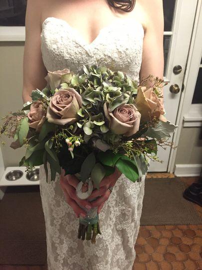amy conyers bridal bouq