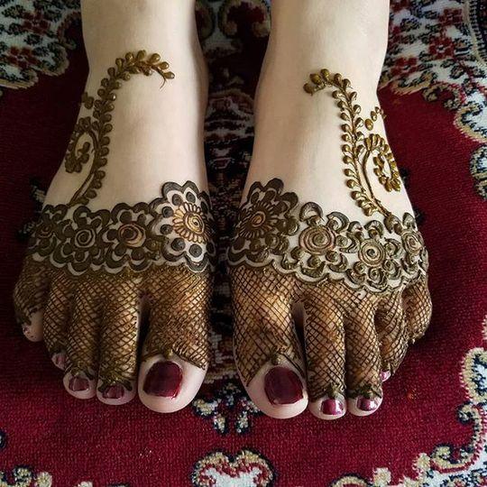 Feet decorations