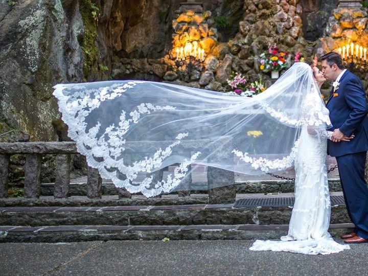 Tmx D71a5727 51 206980 158034114436307 Portland wedding videography