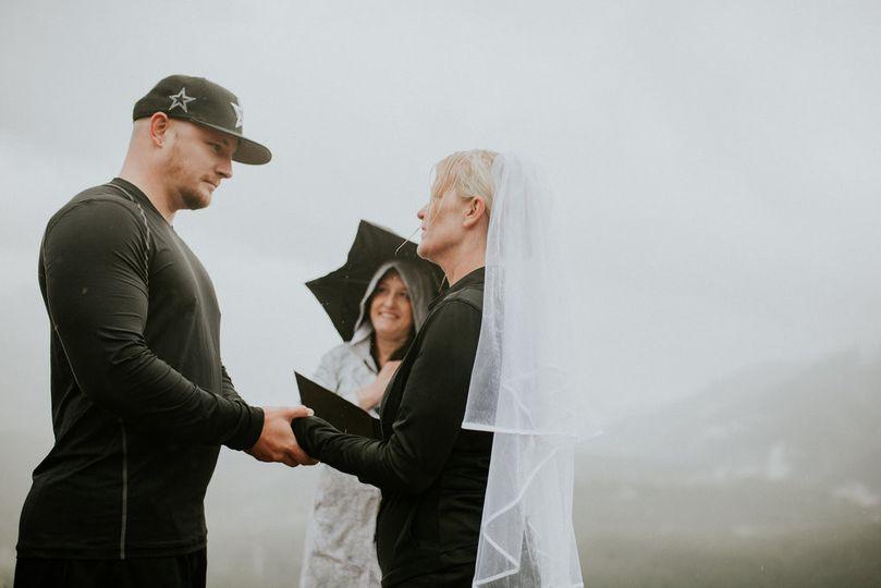 Rattlesnake ridge destination wedding
