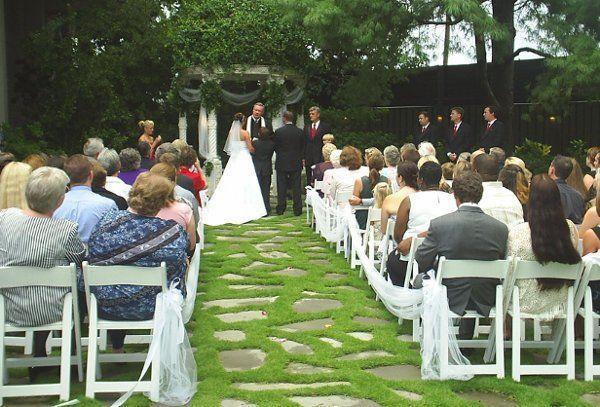 a747a81c56c87cfa 1208226267591 Ceremony