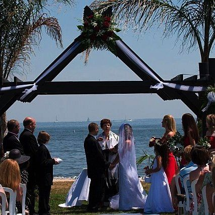 A Jewish wedding ceremony on the bridal lawn of Herrington on the Bay.