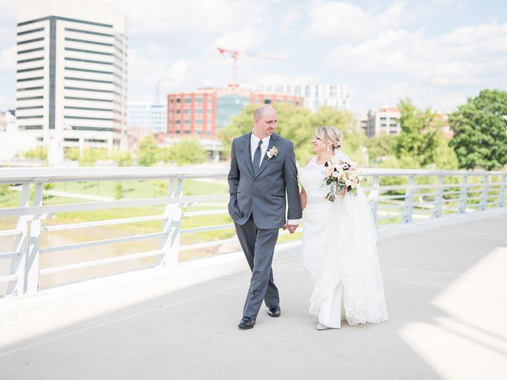 Tmx 1511905234877 Receptionsneakpeekslideshow24 1 Columbus, Ohio wedding florist