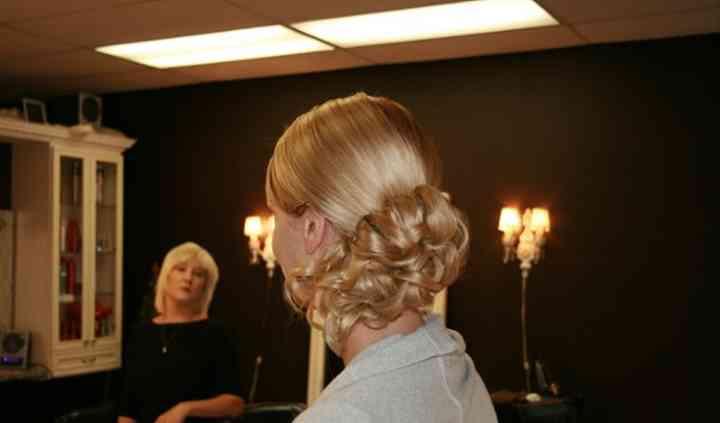 Hairapy Salon