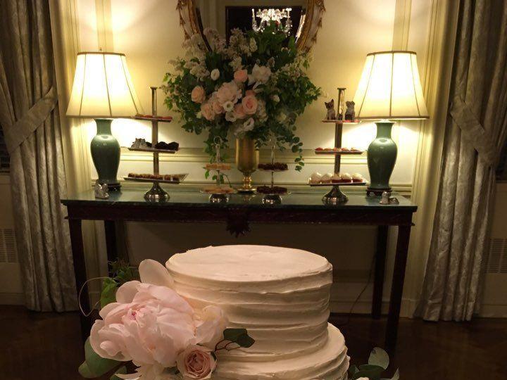 Tmx 1528815791 6fb8d8022dce02ac 1528815790 773103f9e92e6aa7 1528815775994 3 O Brooklyn, New York wedding cake