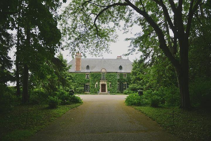 Greencrest manor entrance