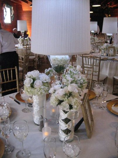 White supper club Style arrangement