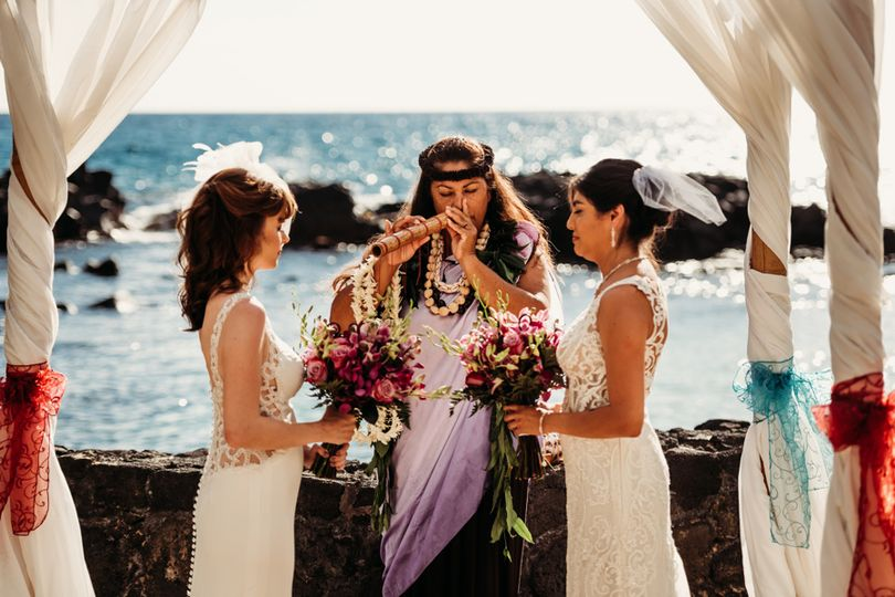 I am a try Hawaiian Officiant