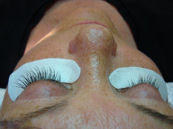 Left eye completed lash extensions, Right before