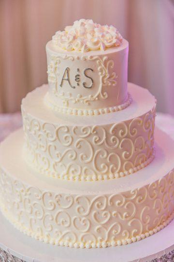 Custom Cake Included