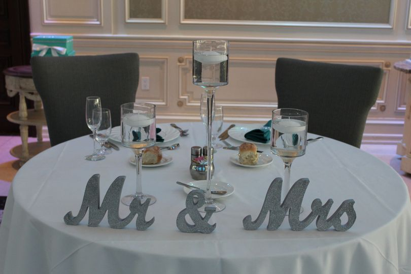 Newlyweds' reception table