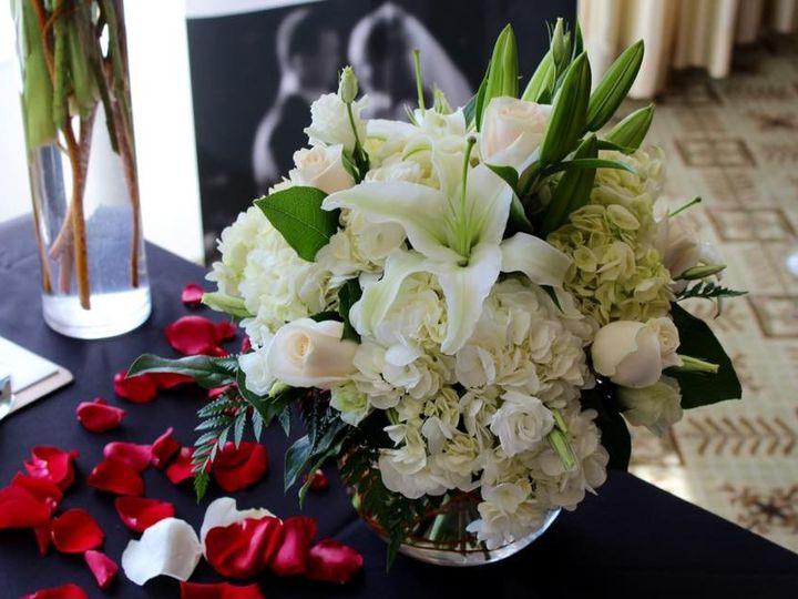 Tmx 1454992500673 1120506410128174254310475915178374960787145n New City wedding florist