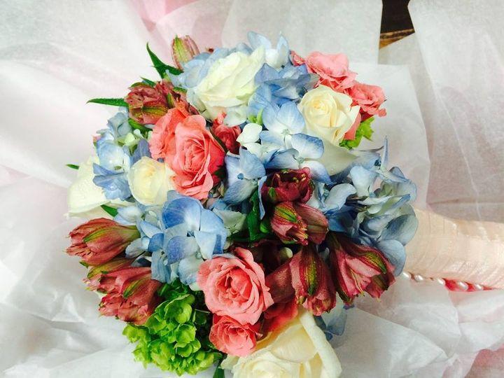 Tmx 1454992603418 1256554410123762754751621585514945109314355n New City wedding florist