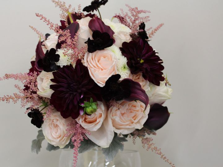 Tmx 1528826783 2d5270b2424a66bd 1528826780 D1afa293bb547072 1528826777025 17 IMG 5715 New City wedding florist