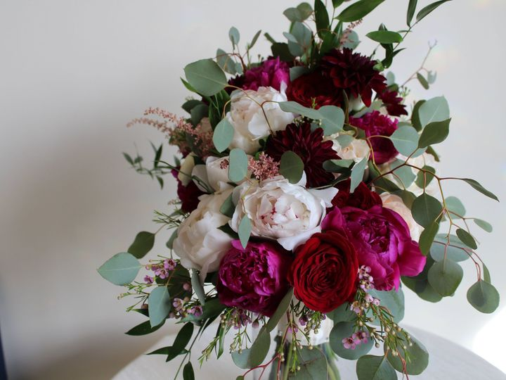 Tmx 1528826894 Dd27bb5e79257a60 1528826890 8ba44efba5d4f534 1528826885407 22 IMG 5796 New City wedding florist