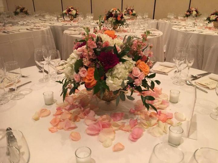 Tmx 1528828479 12204a7cba053647 1528828477 7b9fa8e64b317930 1528828479630 2 23561474 158896405 New City wedding florist