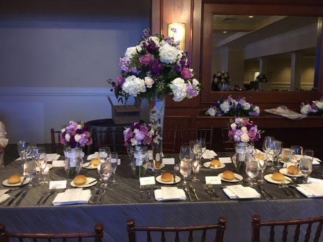 Tmx 1528828590 268e3e0195d7fa32 1528828589 Ec67e1c539e80b17 1528828590121 3 IMG 1905 New City wedding florist