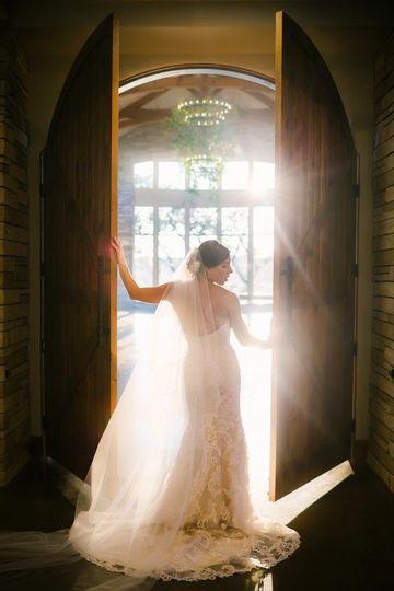 0c8ef22ff4ffd342 1515538977 15547bb97633b982 1515538976646 7 Wedding 494