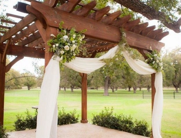 800x800 1513273328688 pergola decorated