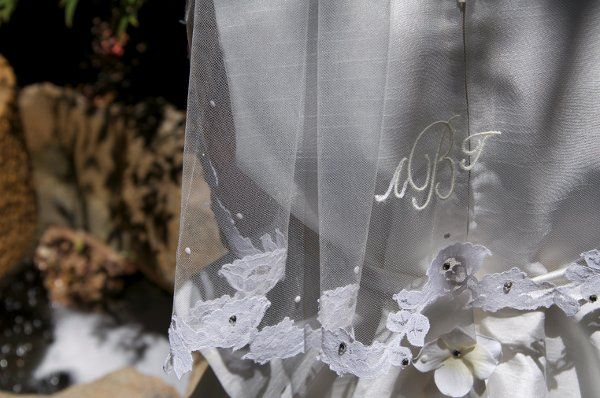 Veil with lace at the bottom