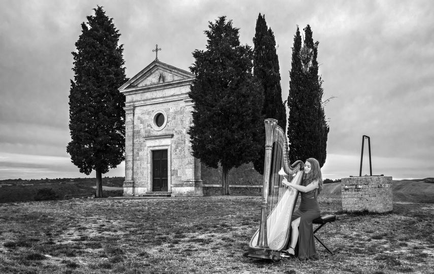 Performance at a wedding in Tuscany