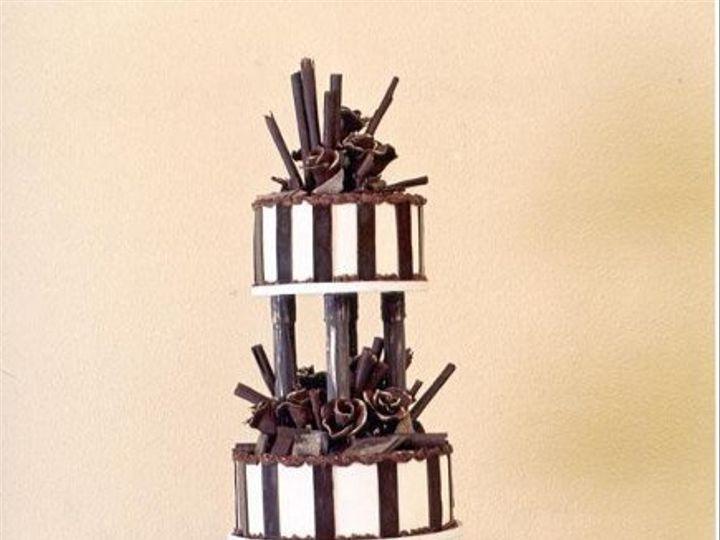 Tmx 1241072470484 DarkFantasiesserves160 Seattle wedding cake