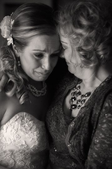 mom and daughter crying at her canton wedding