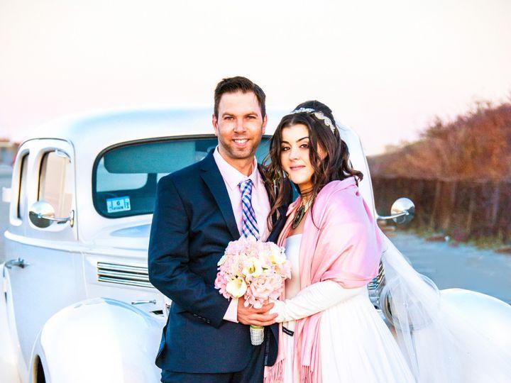 Tmx Alysse Car Z2 Srgb 51 579290 1563904995 Newport, RI wedding officiant