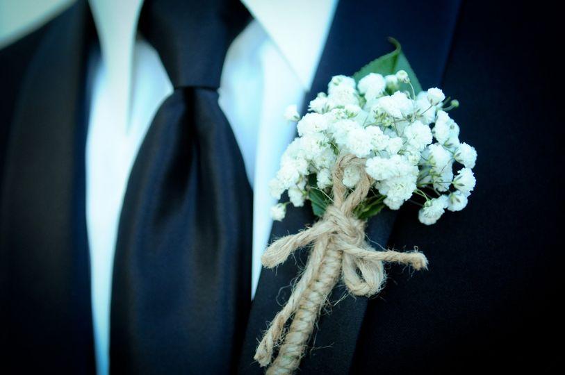 florist of omaha gl groom boutonniere